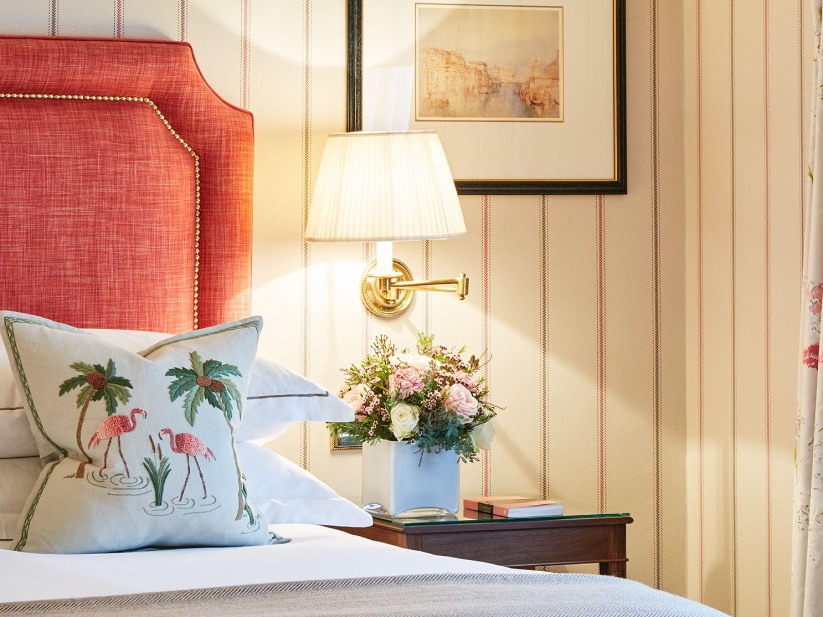 Warwick Hotels and Resorts في لندن