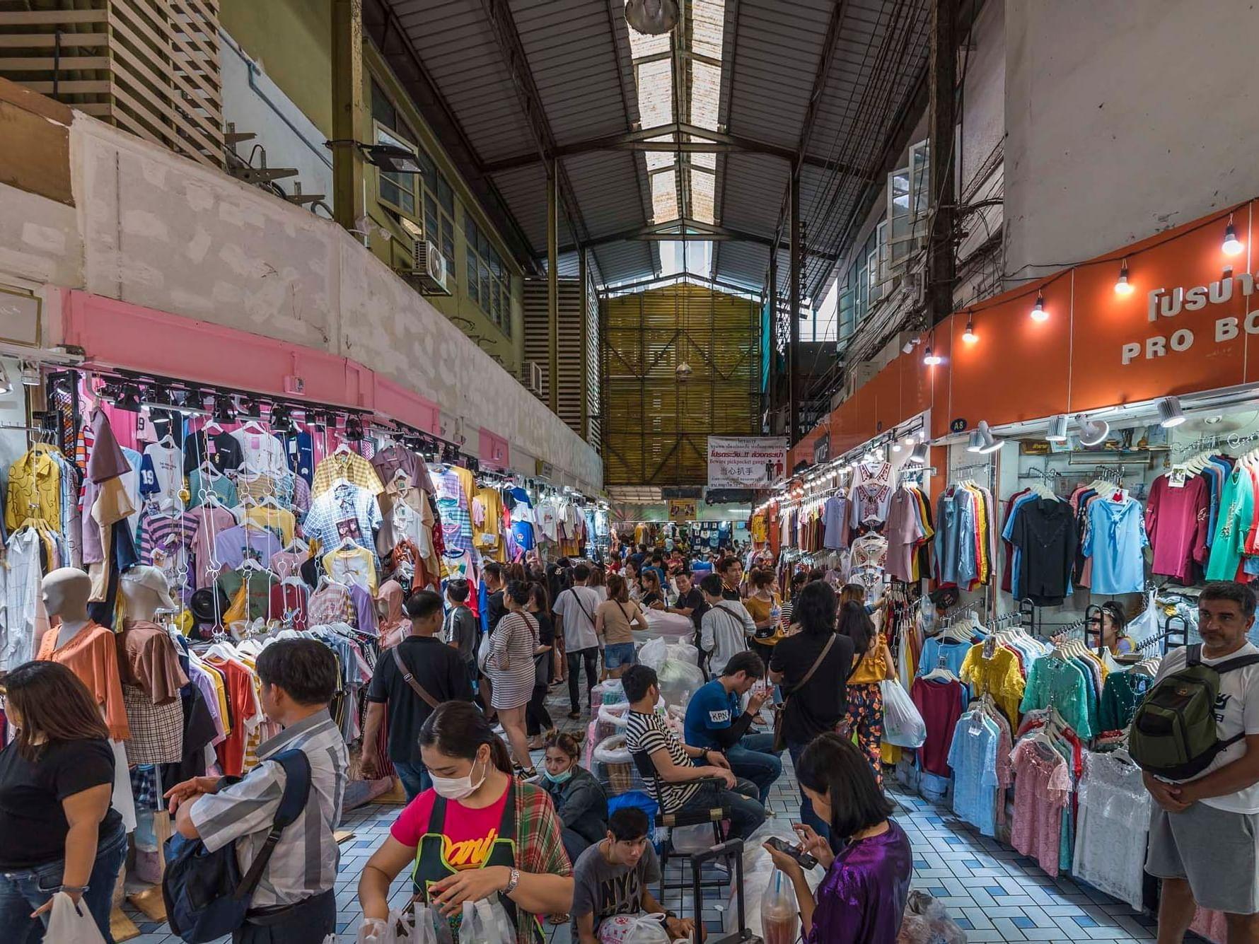 The Pratunam Market near Chatrium Hotel Riverside Bangkok