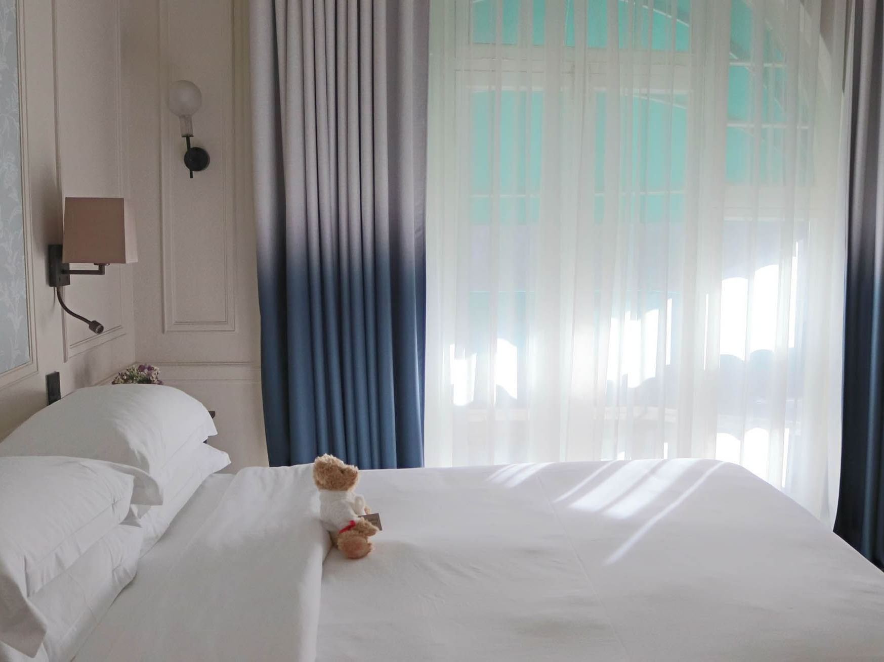 Double room with balcony at Sloane Square Hotel