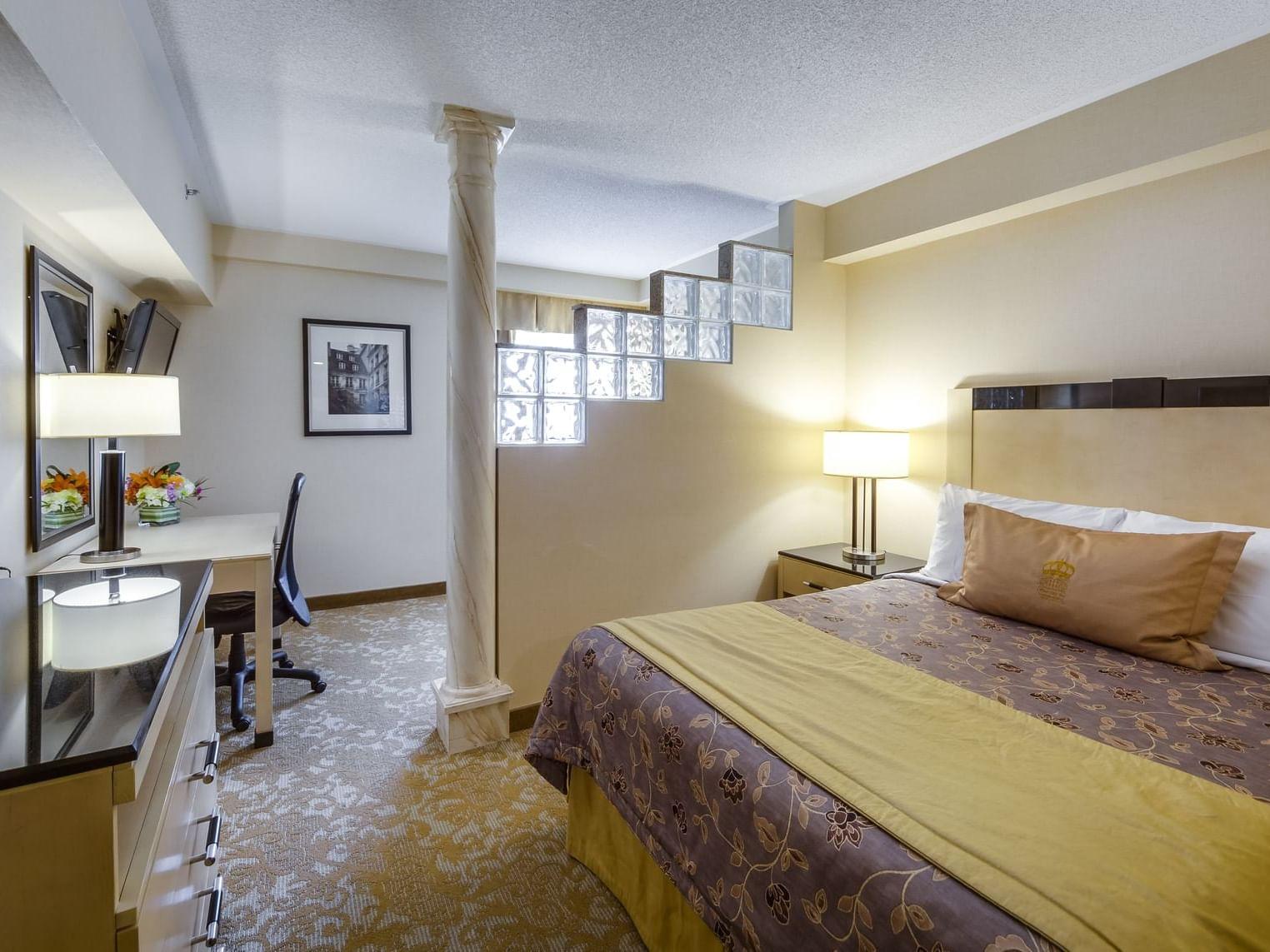one King bed - Markham