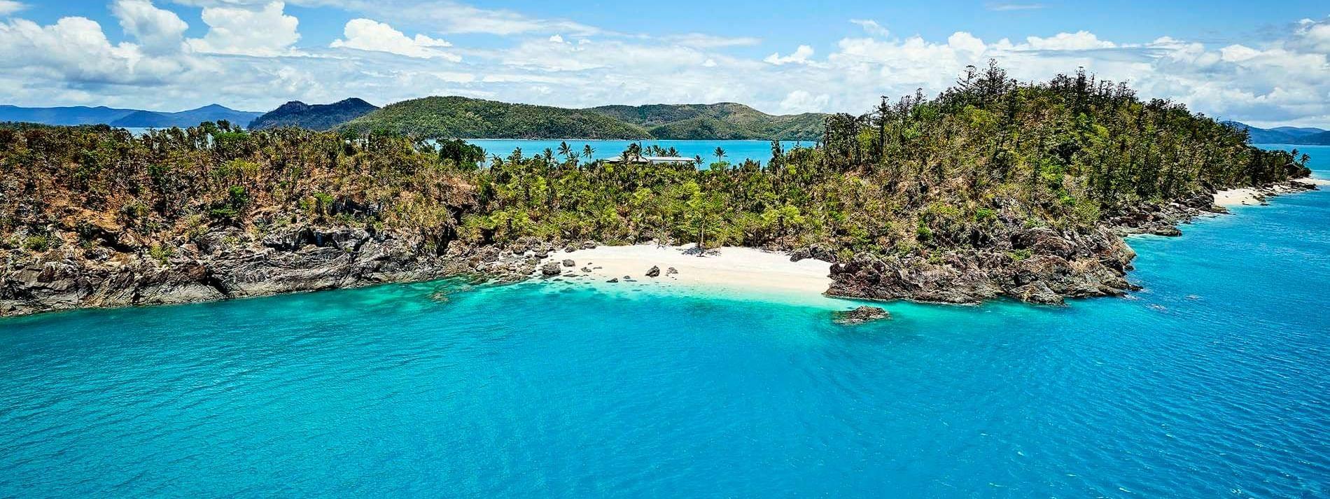 View of island with trees near Daydream Island Resort