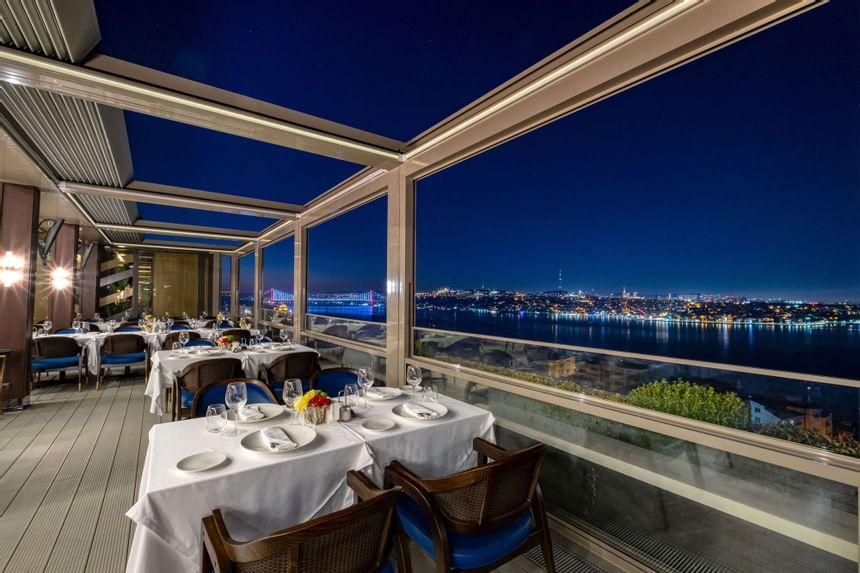 Restaurants with Live Music in Istanbul - Izaka Terrace