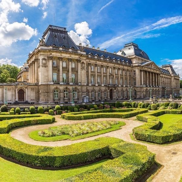 The Royal Palace of Brussels and Parc de Bruxelles - WARWICK CORPORATE
