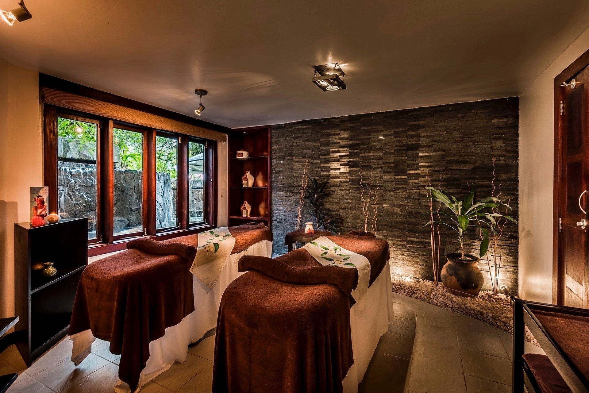 Massage Tables- Double at Warwick Fiji