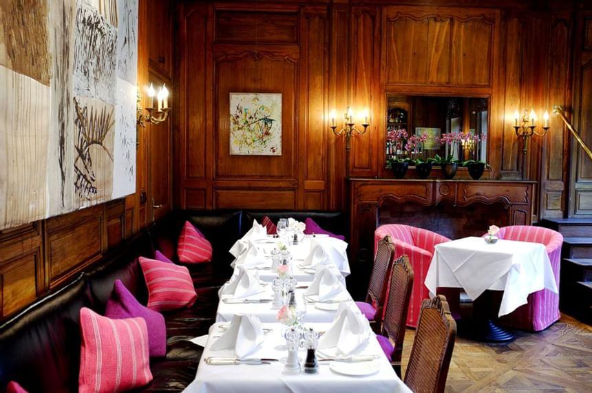 Bar at Hotel Palace Munich