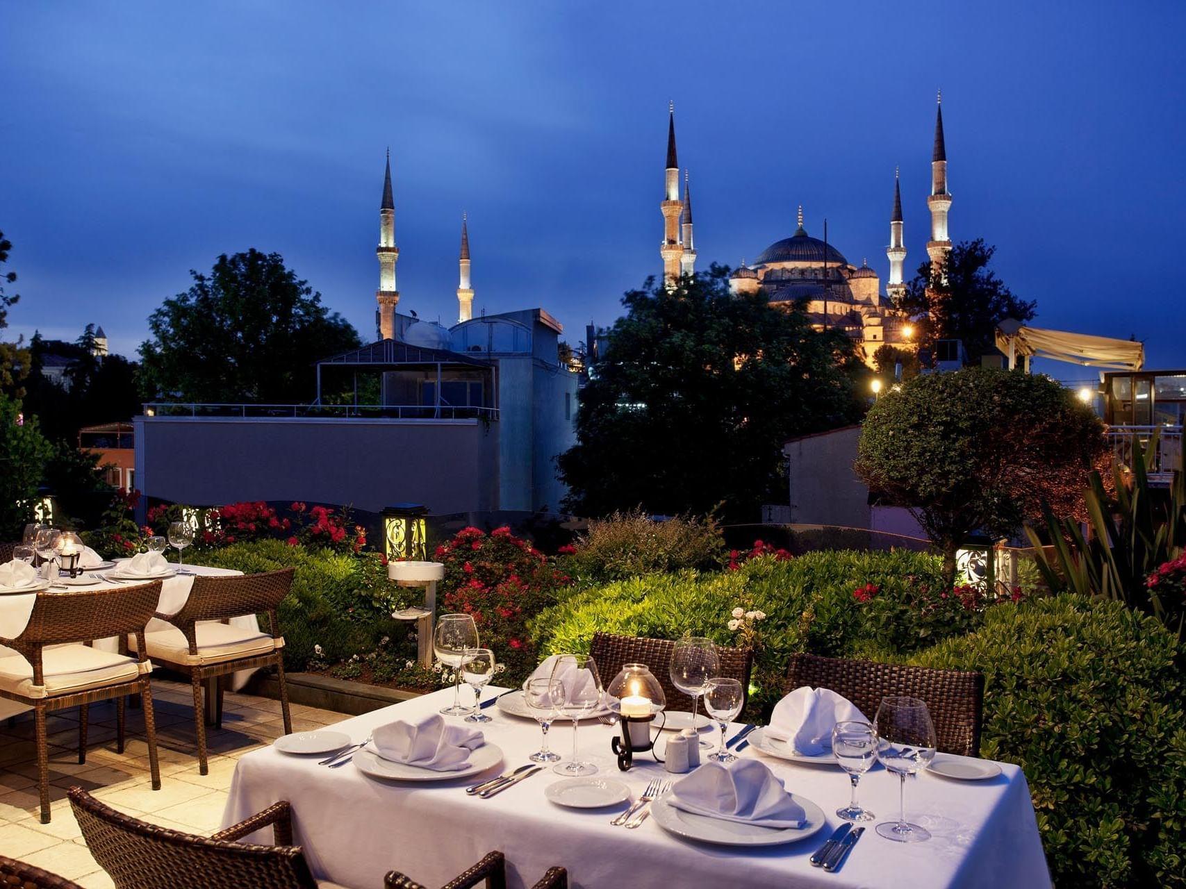 Mosaic Terrace Restaurant  Eresin hotels sultanahmet