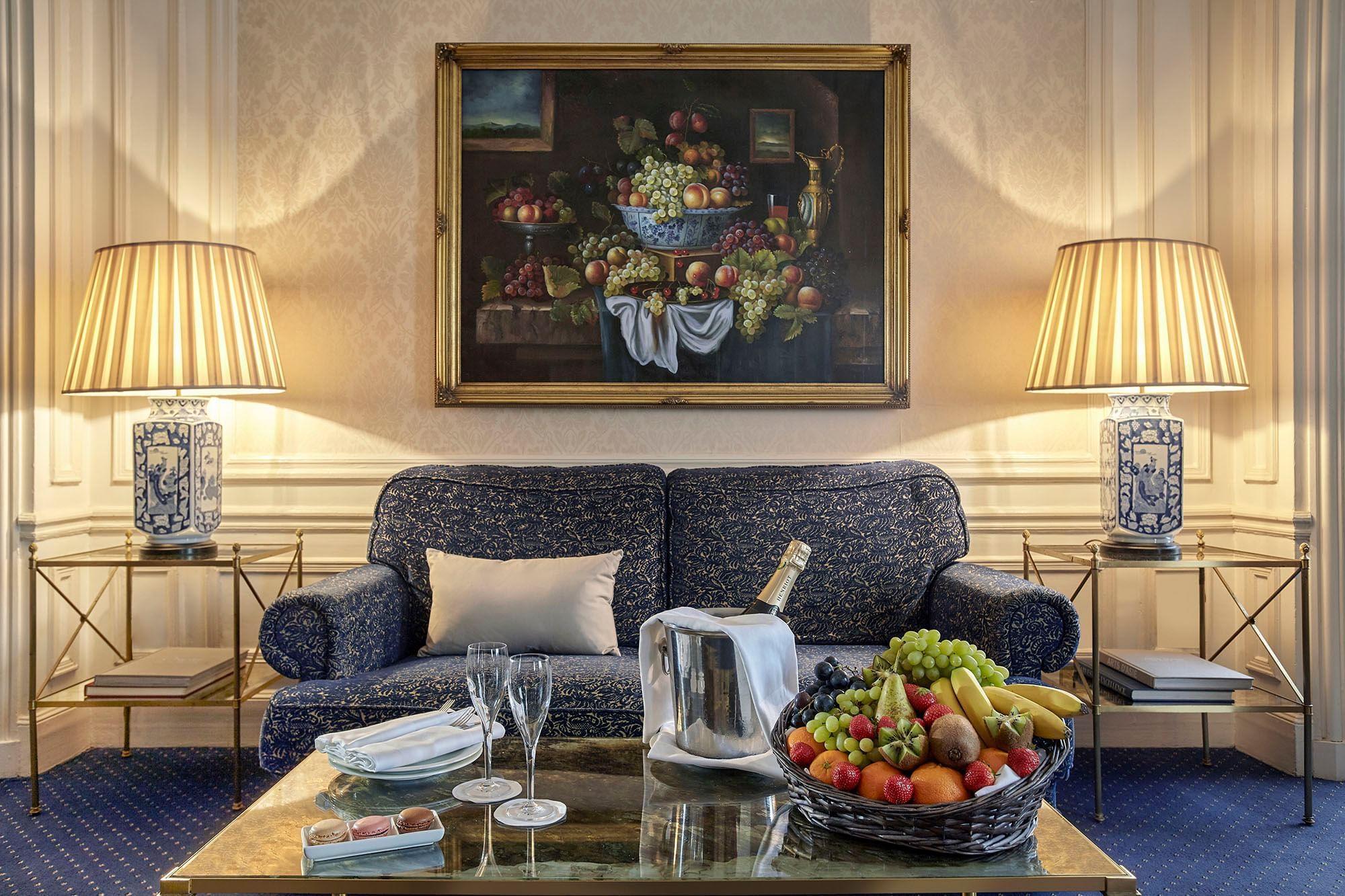 Accueil VIP de la suite Vendôme à l'Hôtel Westminster Warwick Pa
