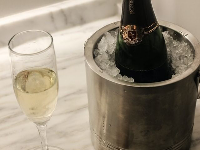 Champagne served at La Galerie Hotel