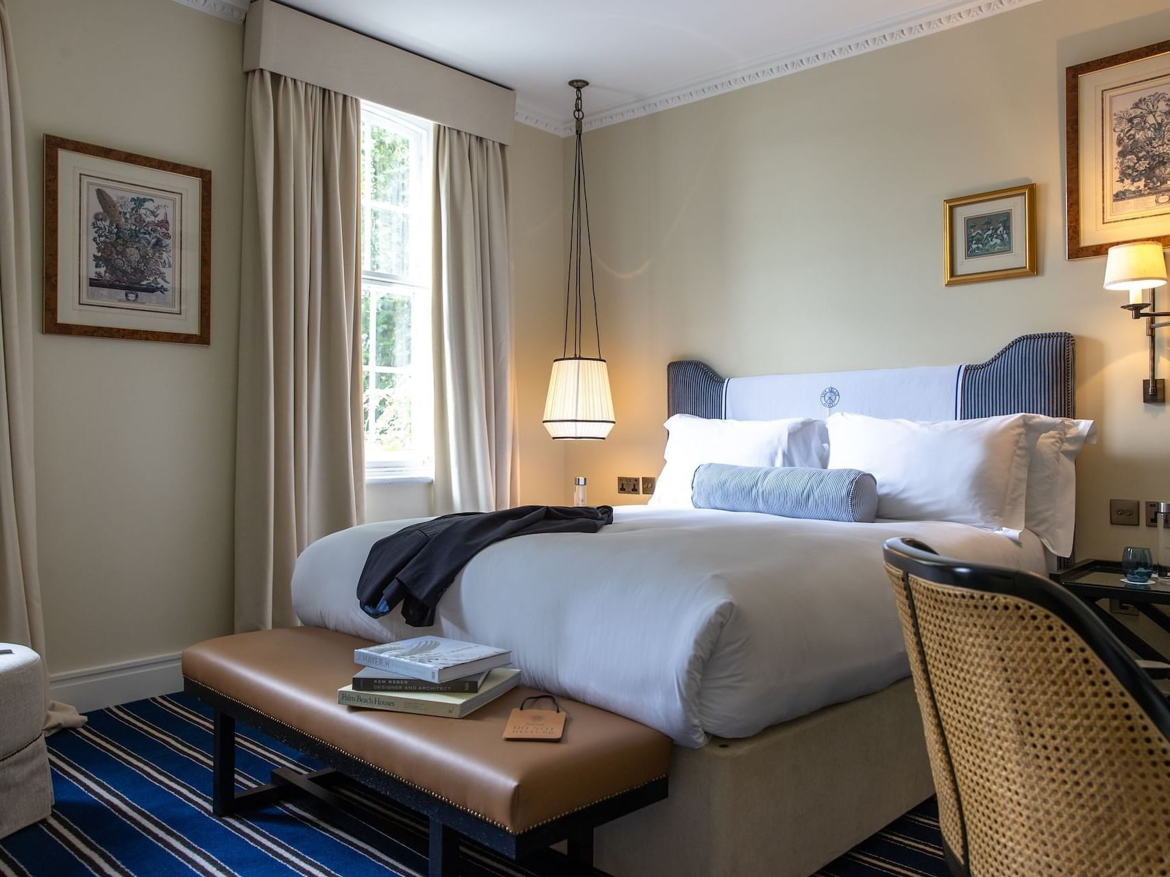 Interior of Riverside King at The Relais Henley