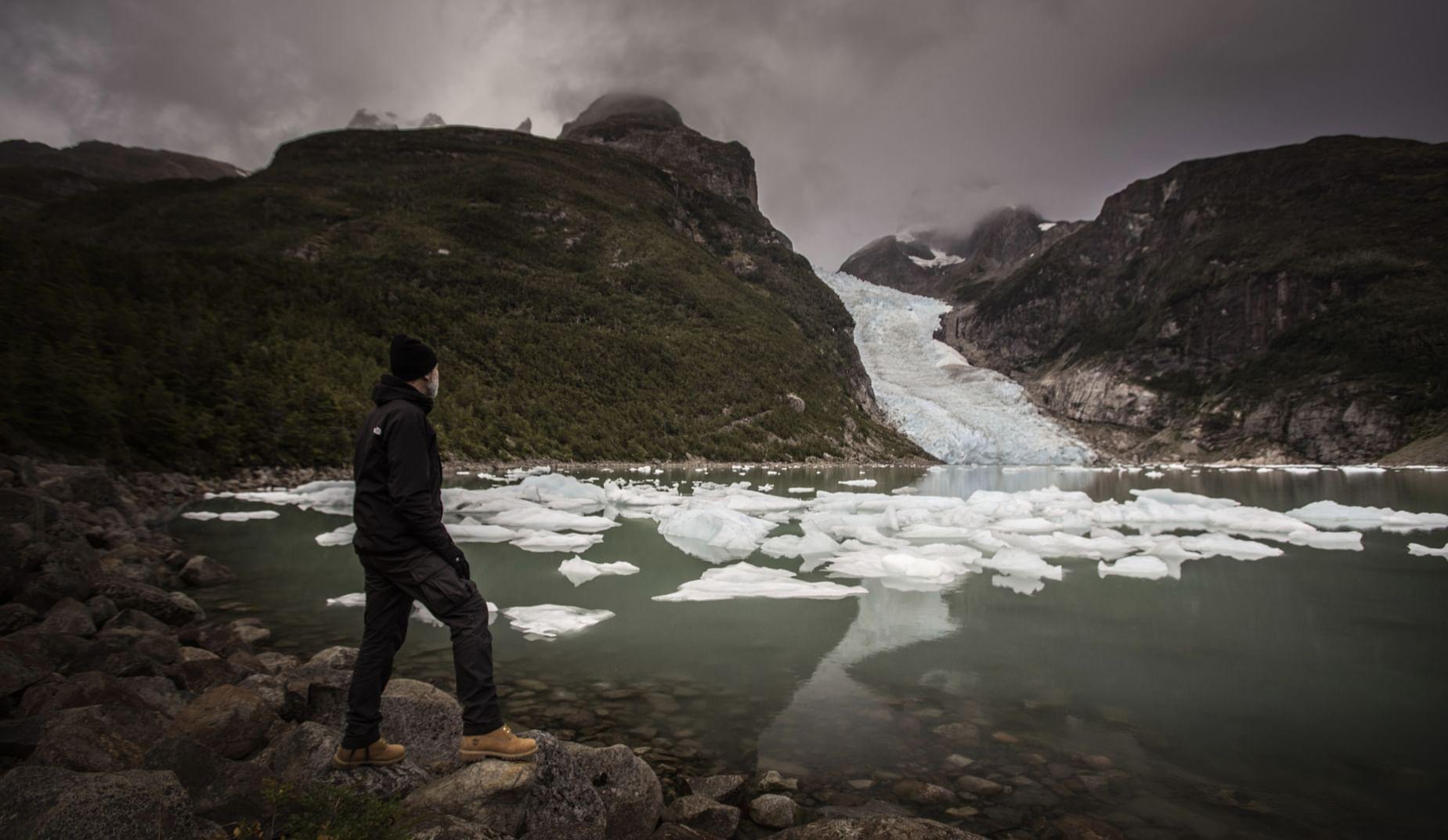 Glaciers excursions chilean patagonia