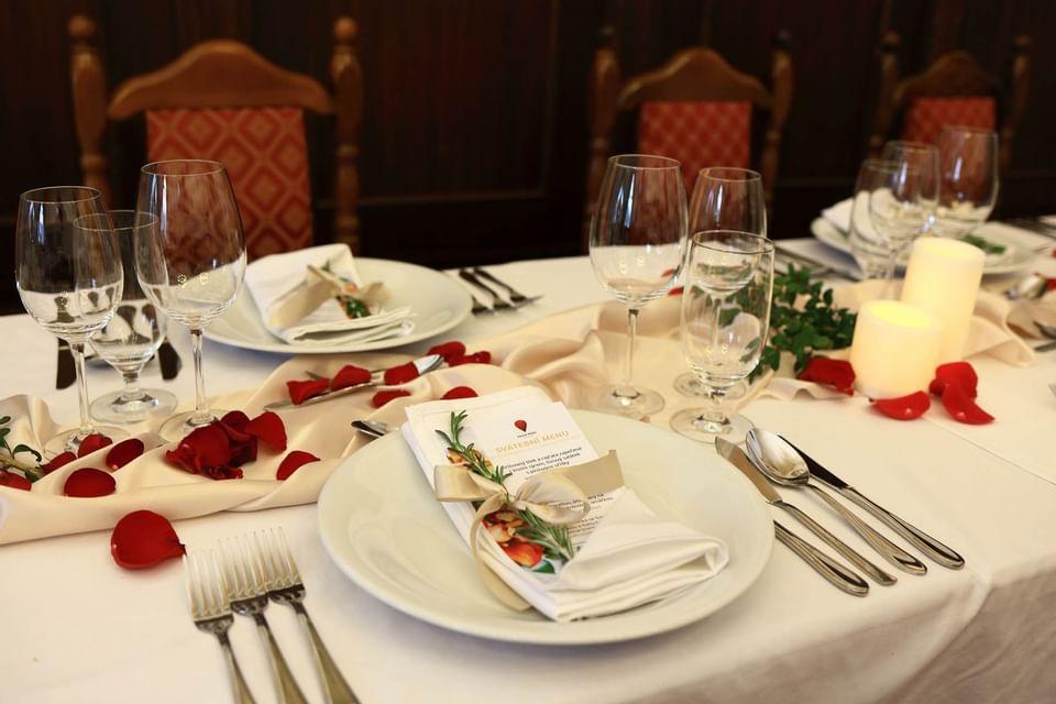 Wedding Table Layout at Hotel Ruze, Český Krumlov, Czech Republi