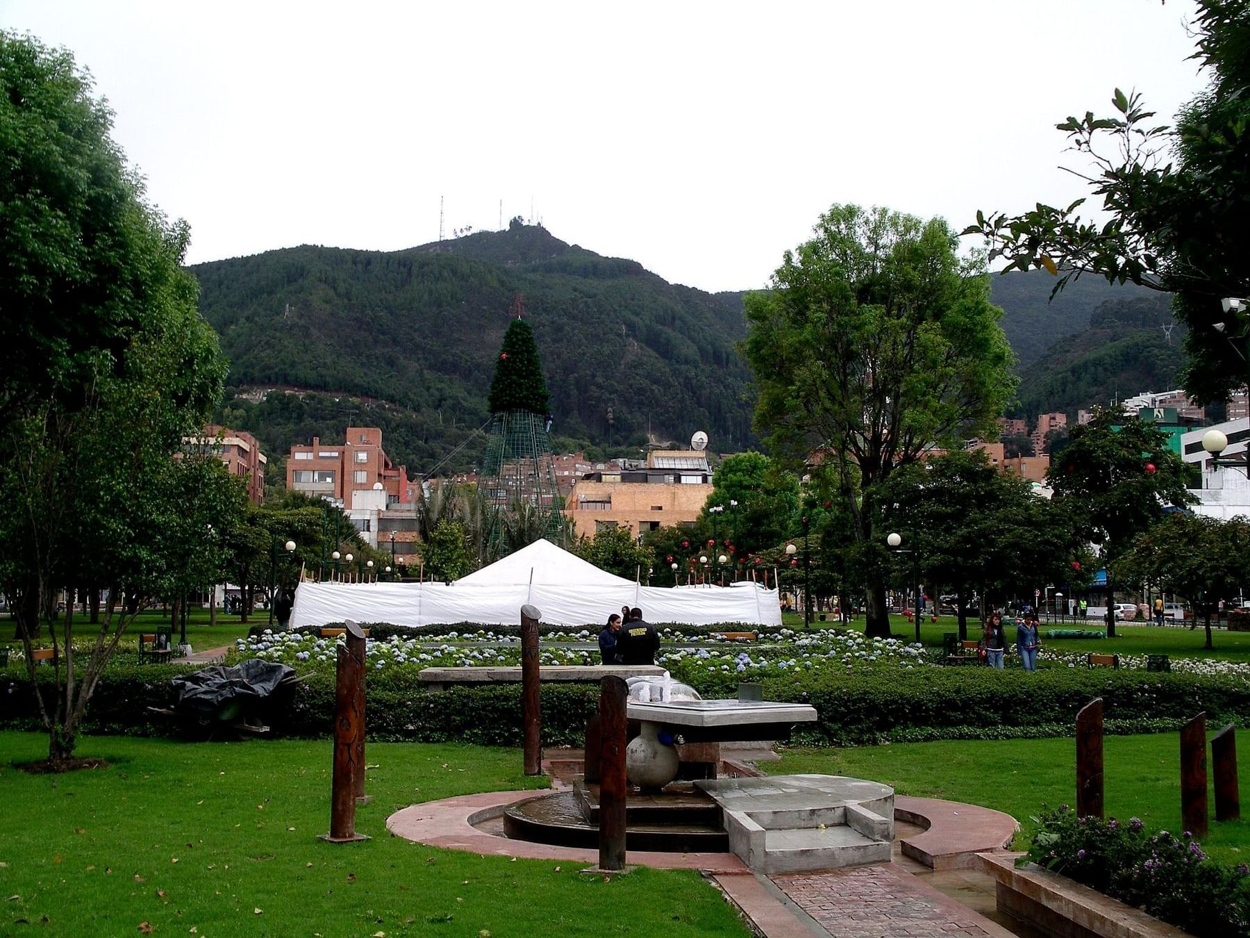 Aerial of Parque de la 93 Street Park near Bogotá Plaza Hotel