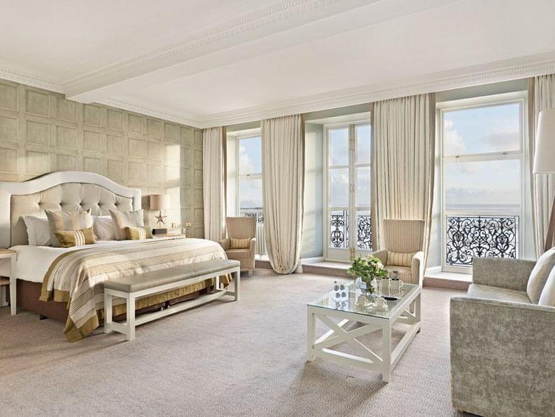 Deluxe Sea View Rooms at Grand Brington Hotel