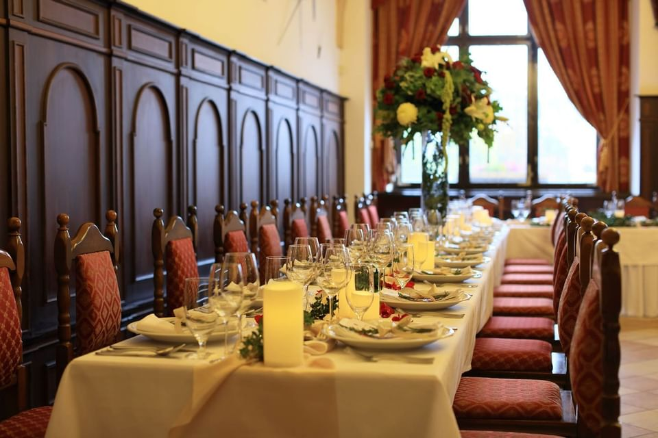Wedding Table at Hotel Ruze, Český Krumlov, Czech Republic