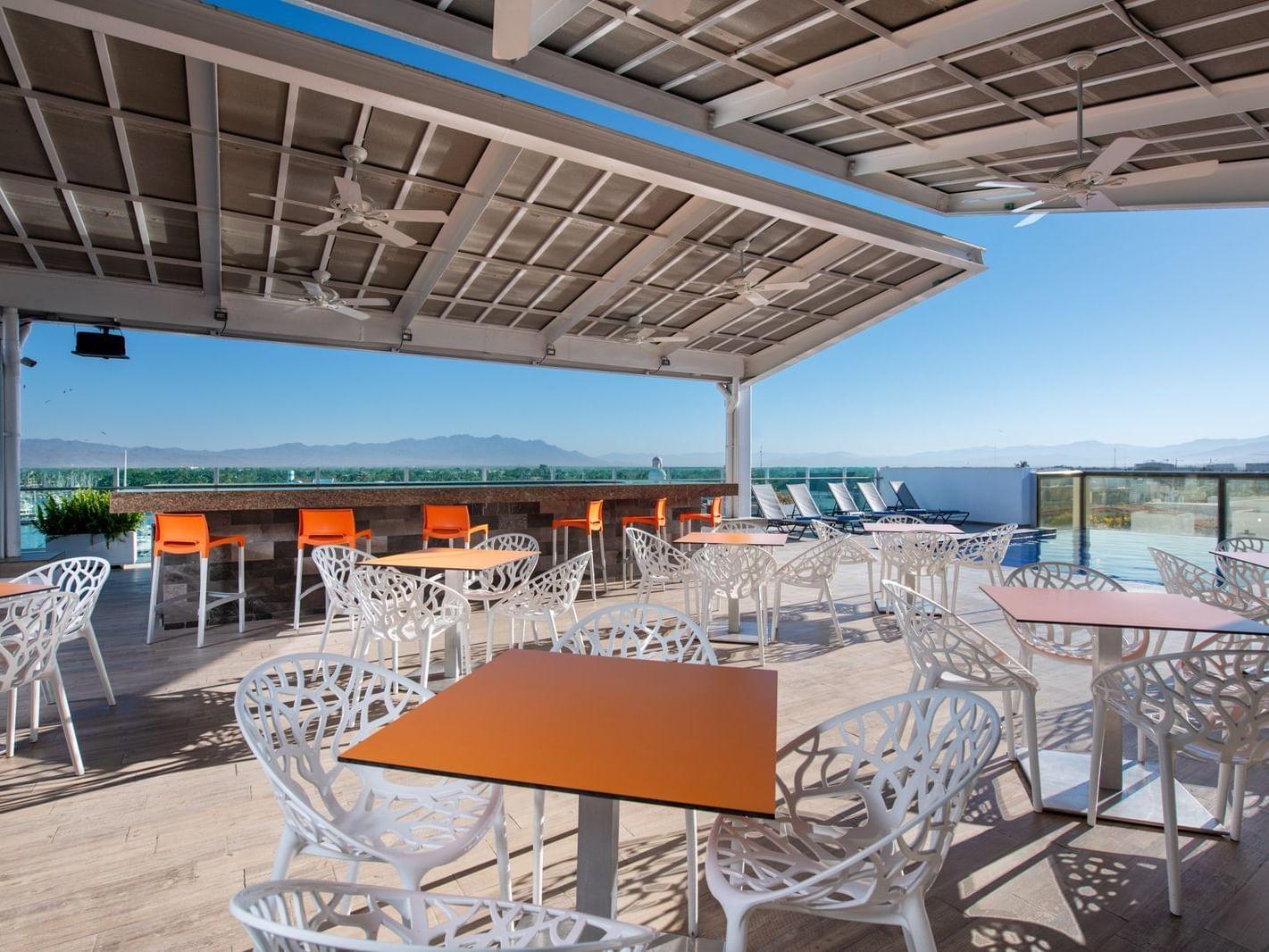 Bar Luna at Hotel Villa Varadero