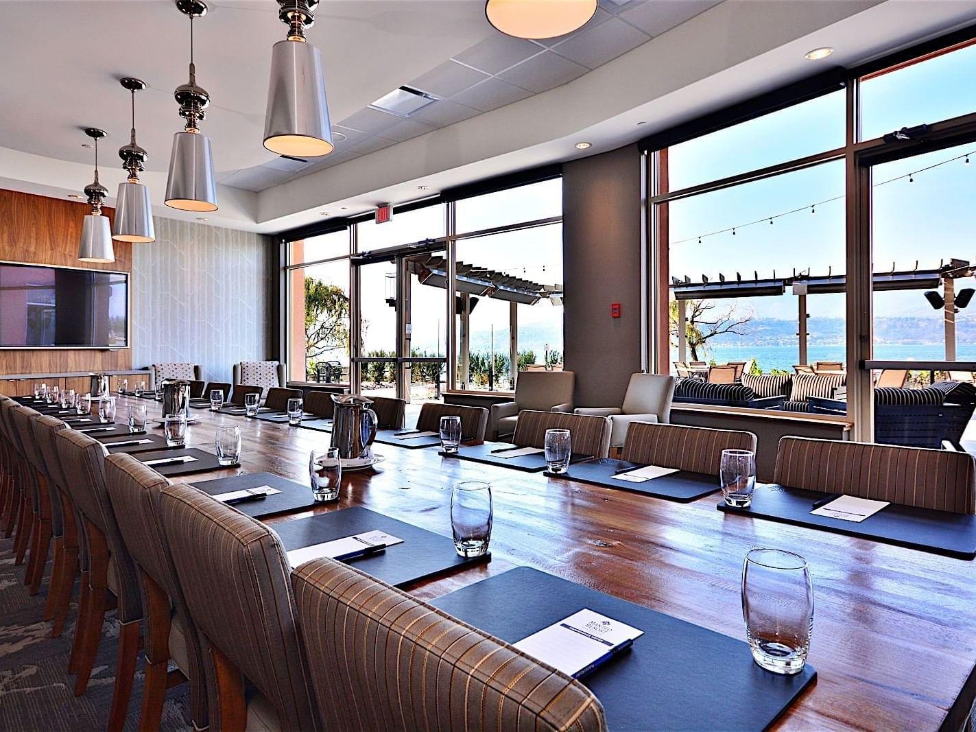 Event room with meeting arrangements at Manteo Resort