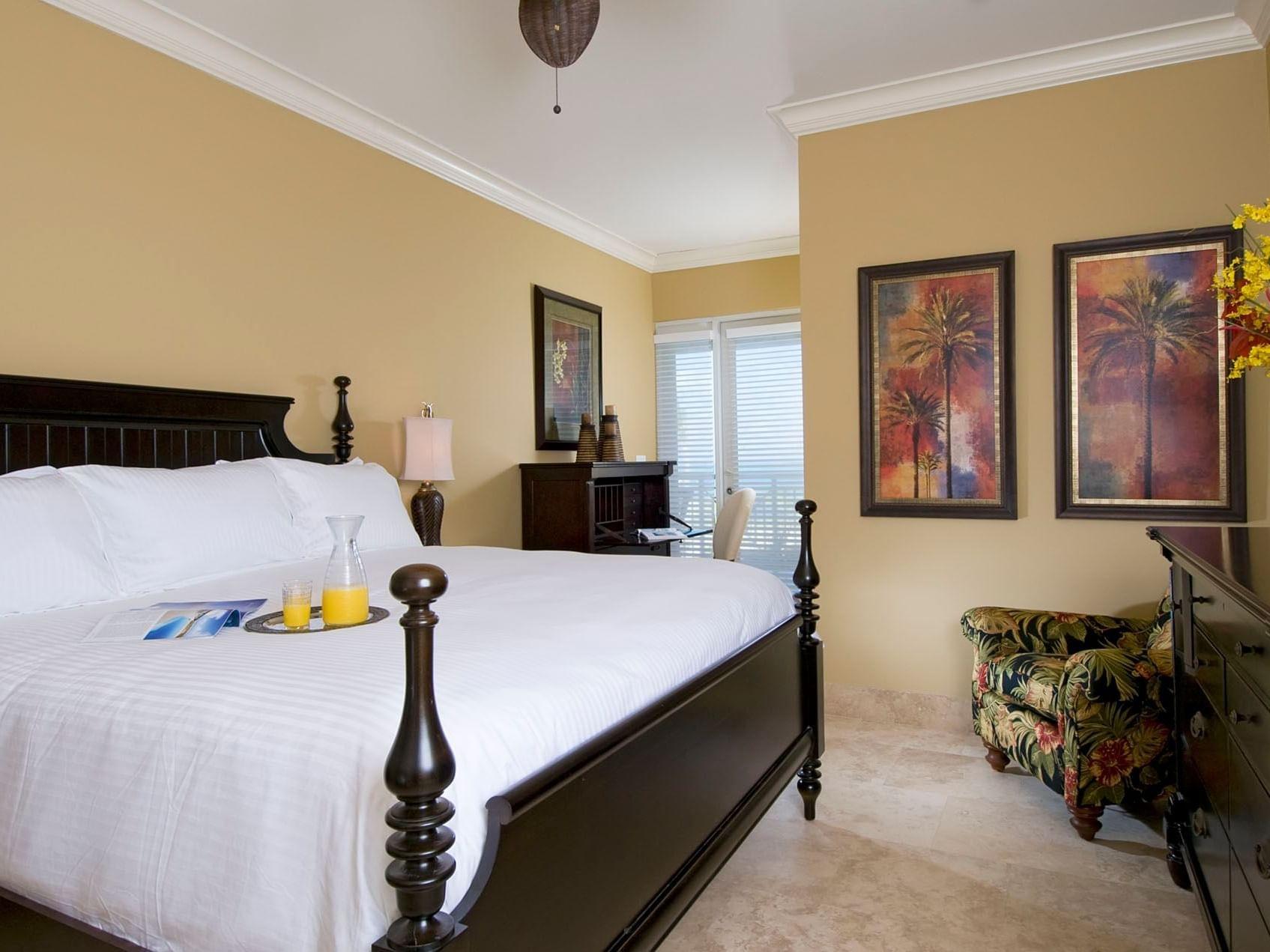 Bedroom of 2 Bedroom Oceanfront at Windsong Resort On The Reef
