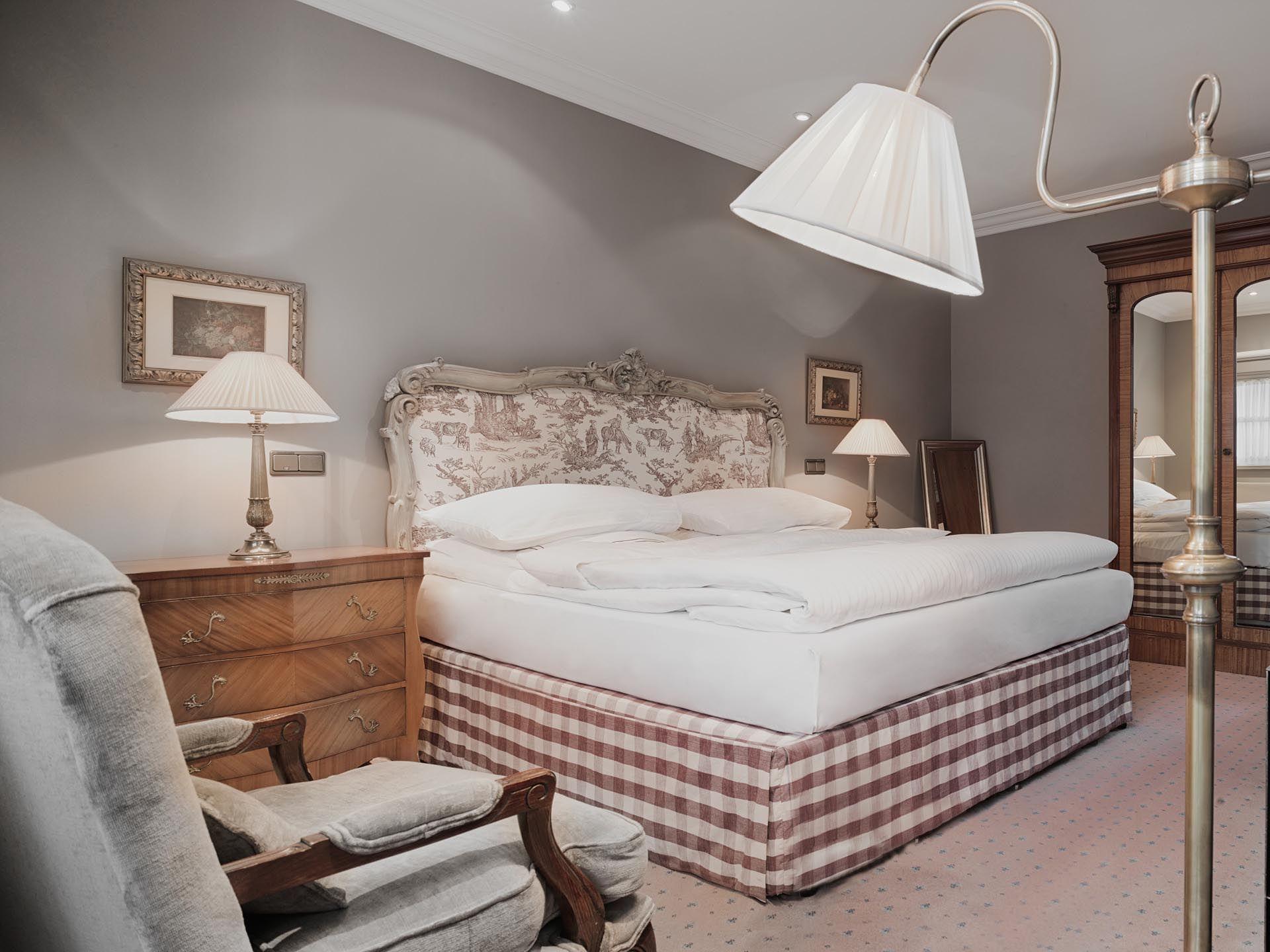 King Junior Suite Bedroom at Patrick Hellman Schlosshotel