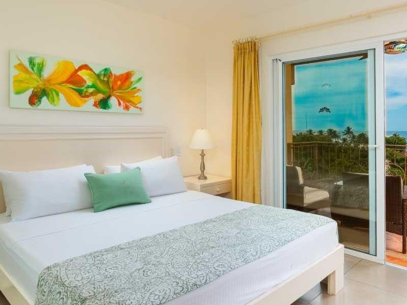 Room Premium Plus at Jardín del Edén Hotel in Tamarindo, Costa Rica
