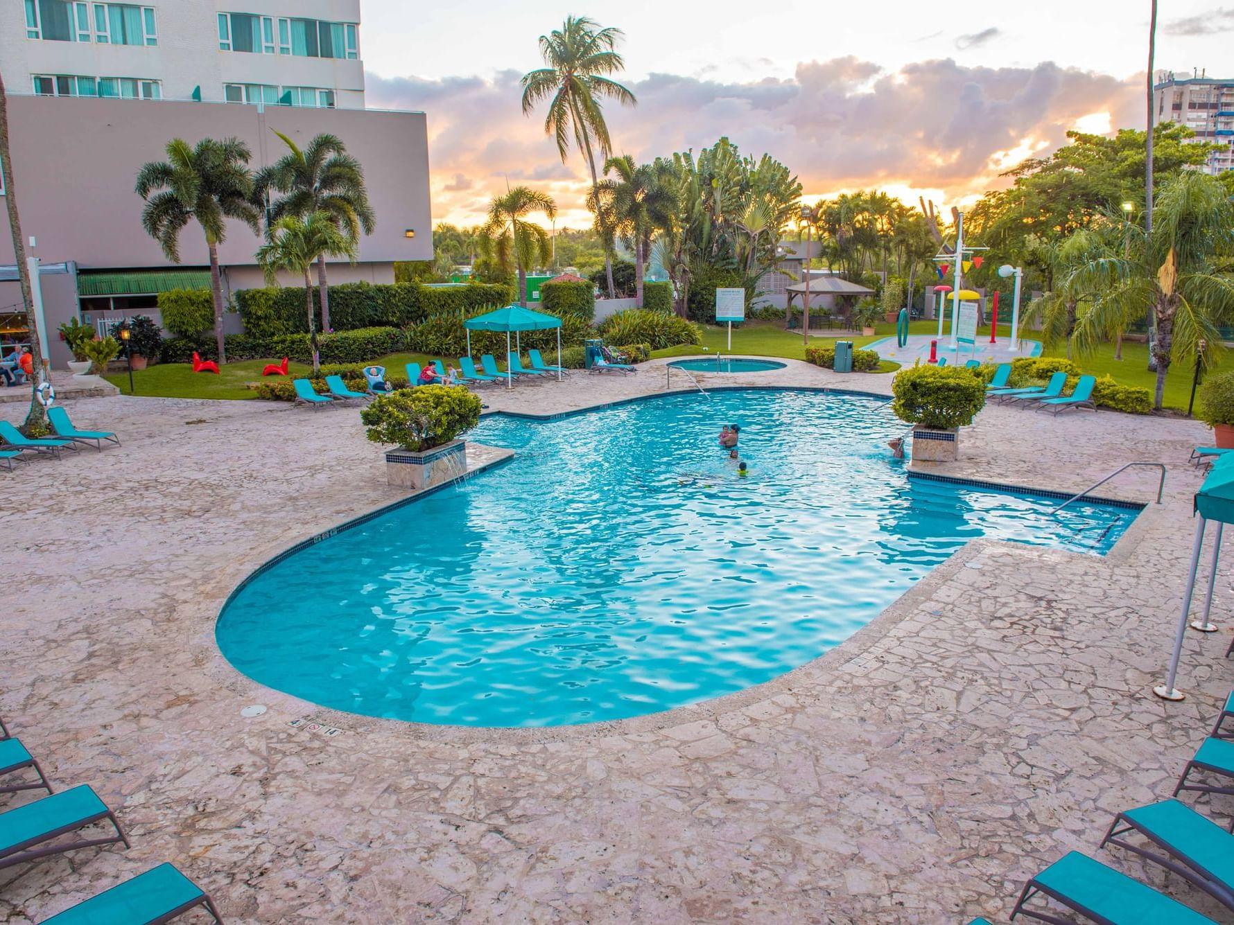 Verdanza Hotel Pool