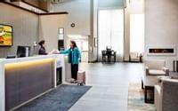 Coast West Edmonton Hotel & Conference Centre - Lobby - Copy