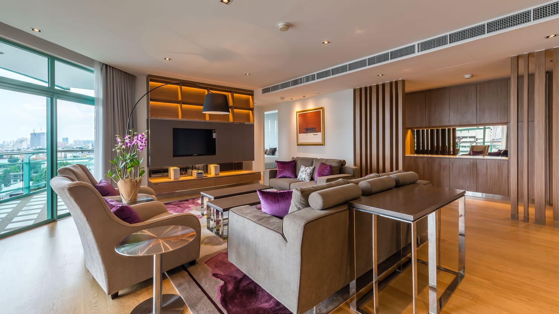 Chatrium Residence Riverside Bangkok Four-Bedroom Apartment