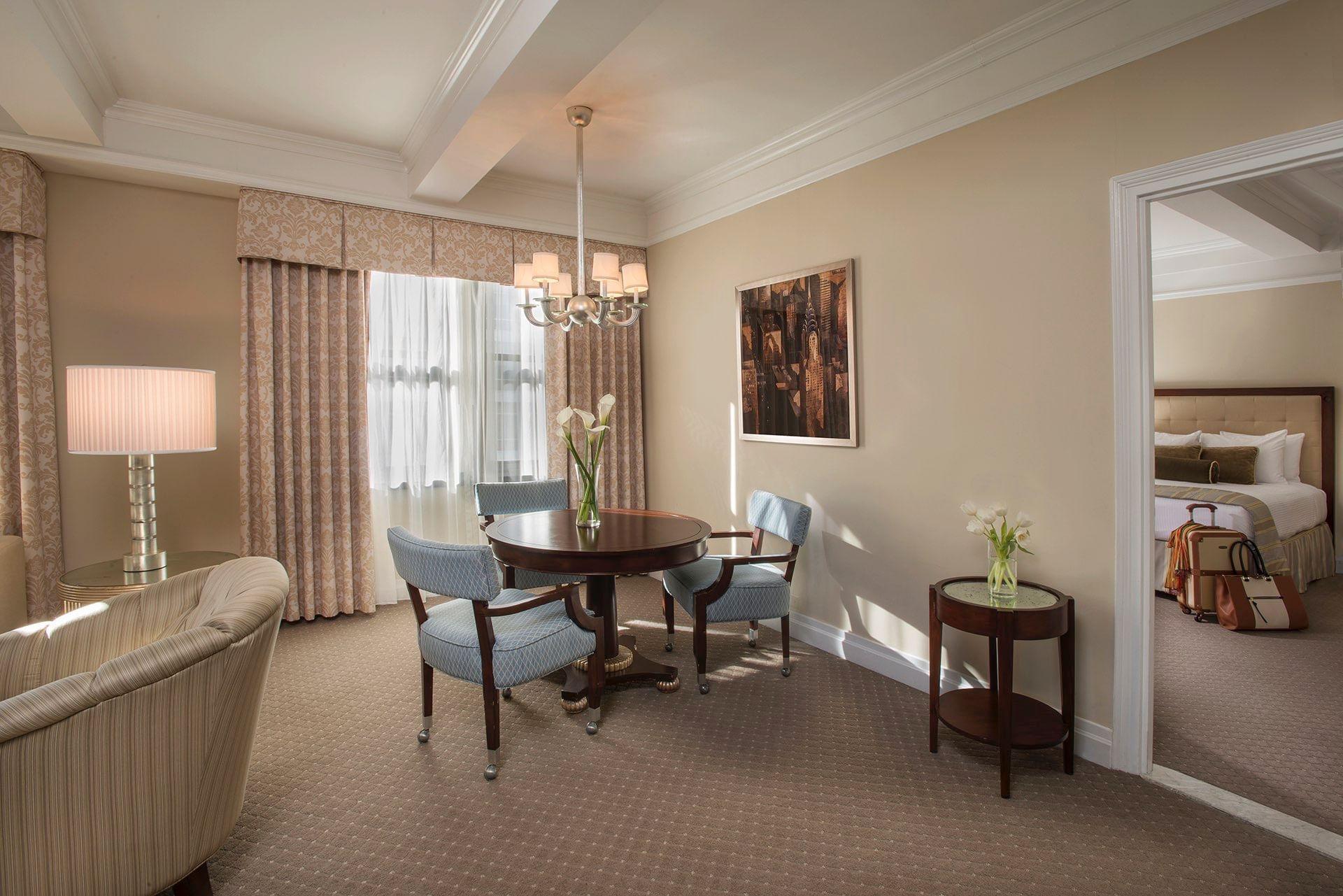 Premier Plus Suite King