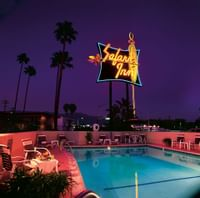 The Safari Inn a Coast Hotel Burbank Exterior - 2