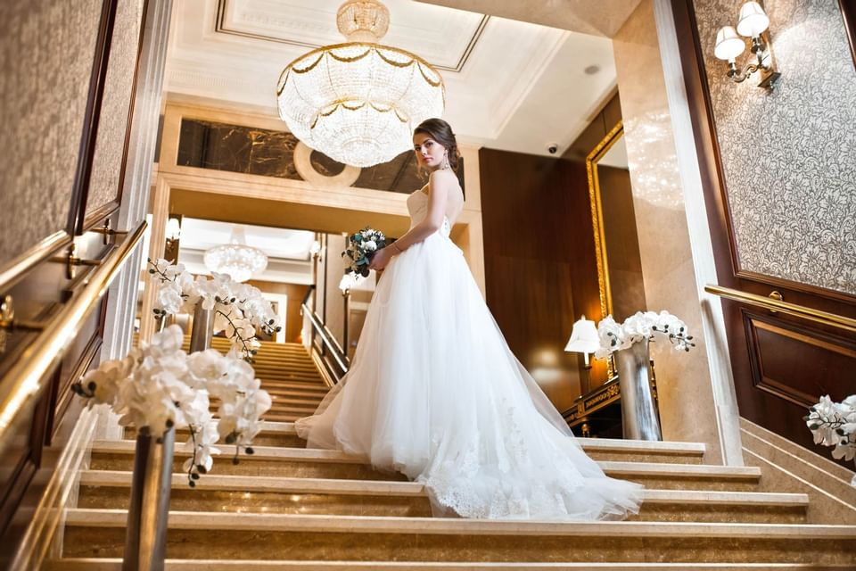Bride taking best photoshoots in Intercontinental Kyiv hotel