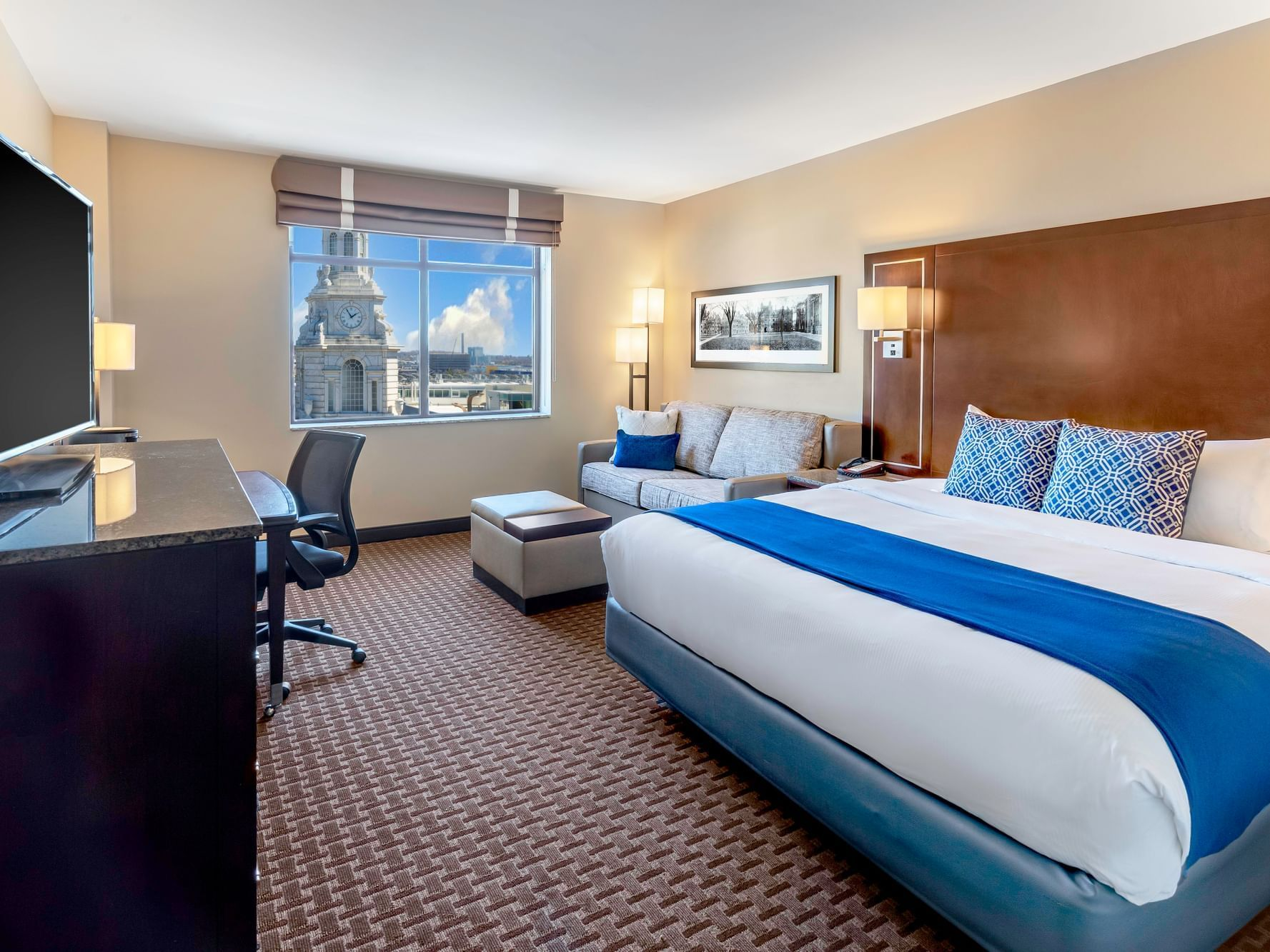 Executive King Room with one bed at New Haven Hotel
