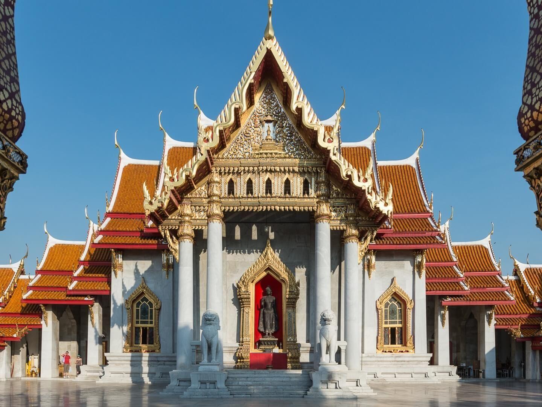 Exterior view of Wat Benchamabophit (The Marble Temple) near Emporium Suites by Chatrium