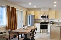 Coast Osoyoos Beach Hotel - Penthouse Suite Kitchen(3)