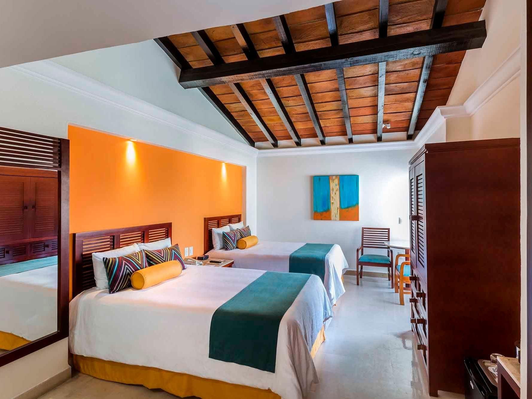 Deluxe Room Ocean Bed