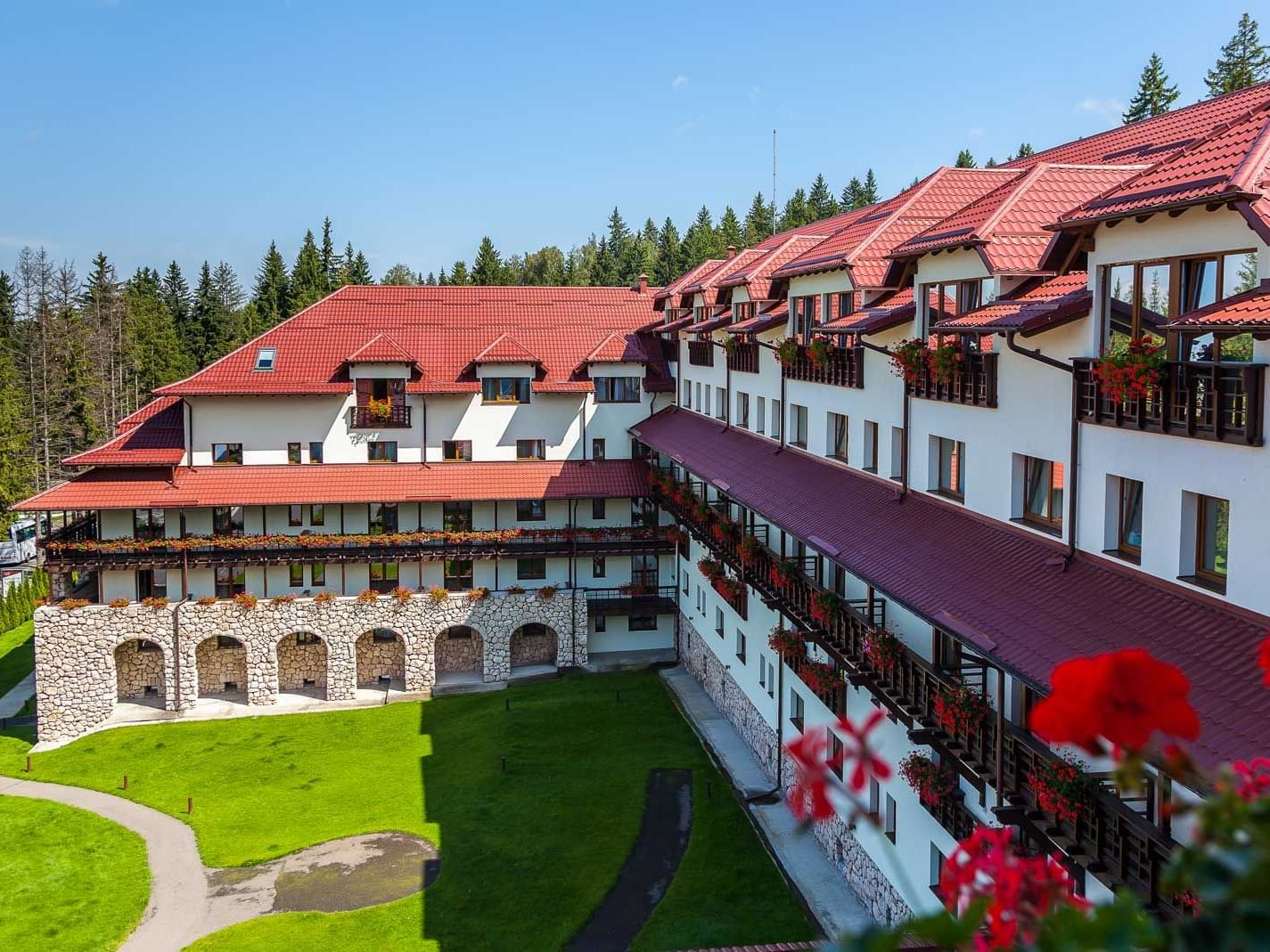 Exterior view of the Hotel at Ana Hotels Sport Poiana Brașov