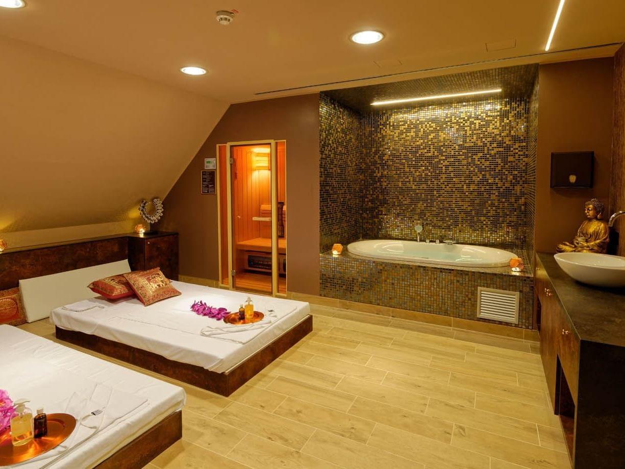 Wellness VIP room
