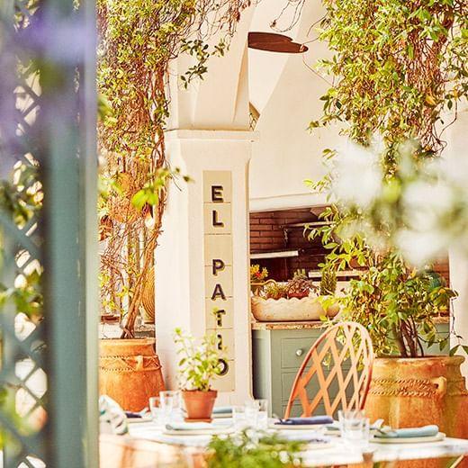 El Patio Al Fresco Restaurant at Marbella Club Hotel