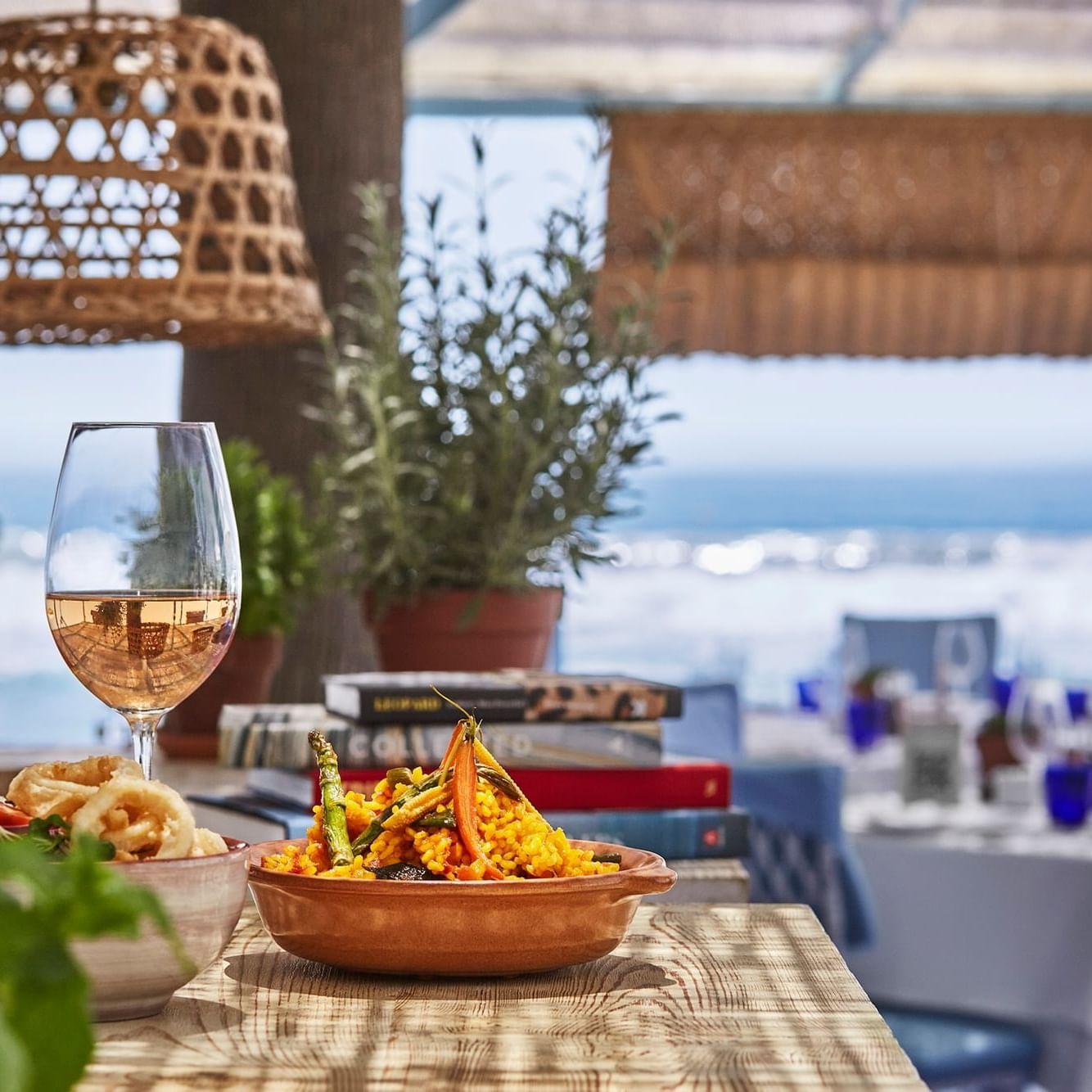 Paella masterclass at MC Beach
