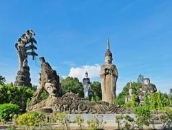 ศาลาแก้วกู่ อุทยานเทวาลัย (วัดแขก) - Hop Inn Nong Khai (Budget hotel) - โรงแรมราคาประหยัด โรงแรมฮ็อป อินน์ หนองคาย