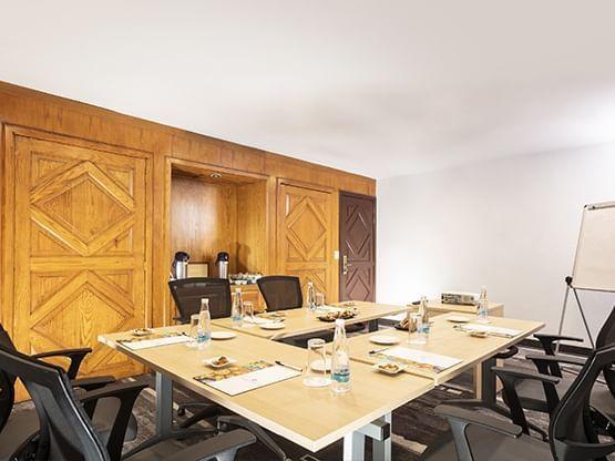 U shape Meeting Room