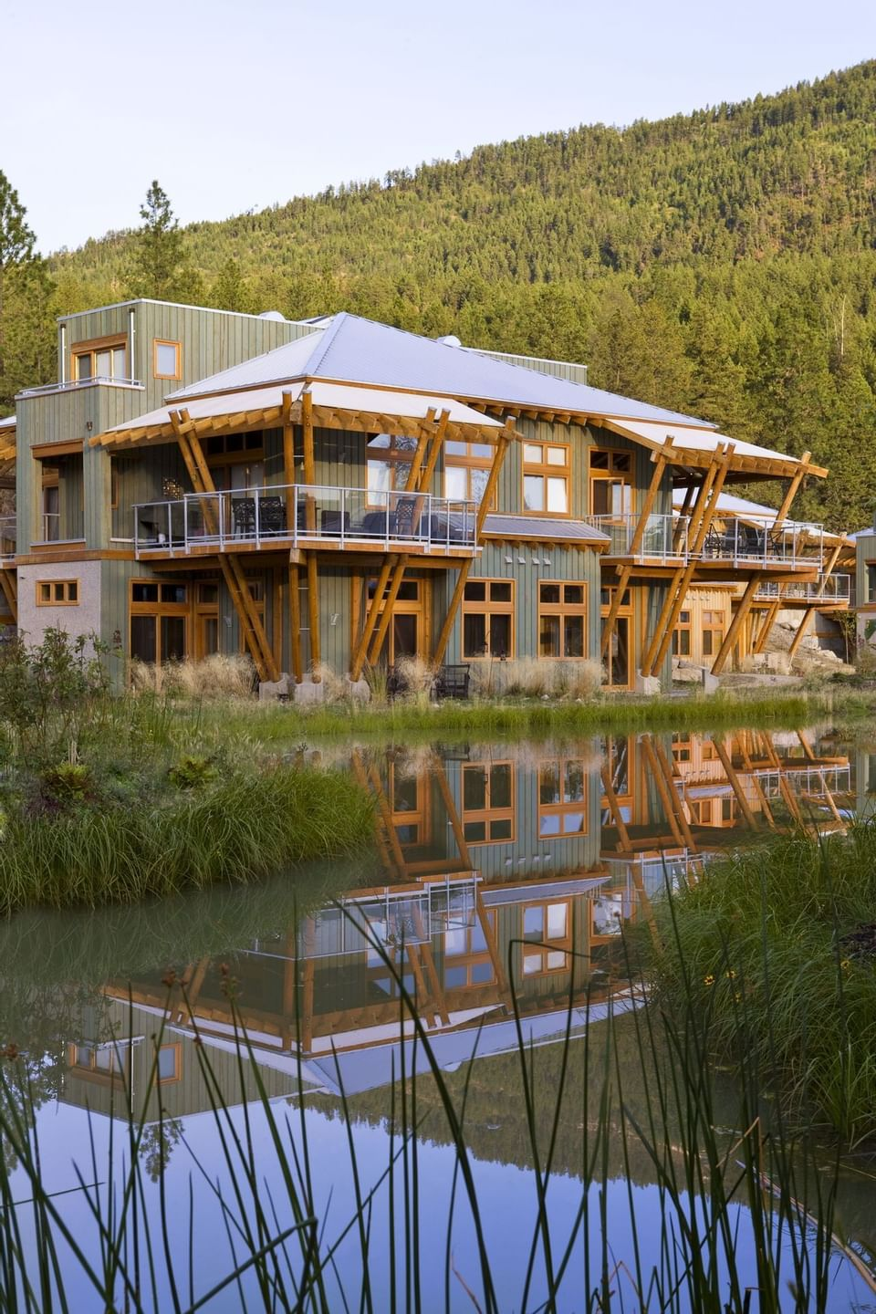 Trout lake townhomes at Outback Lakeside Vacation Homes