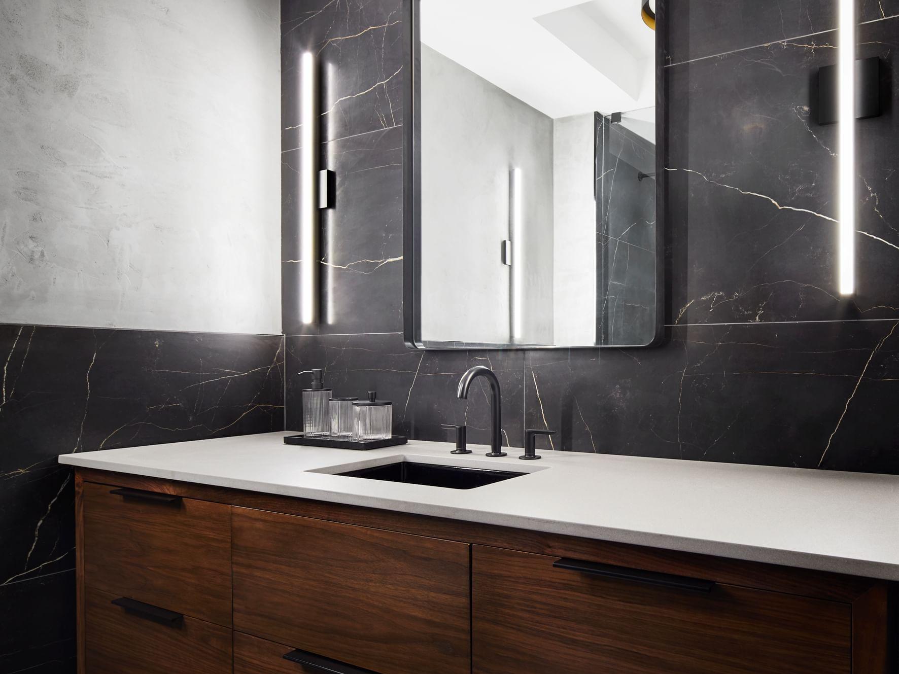 Poliform Penthouse Bathroom