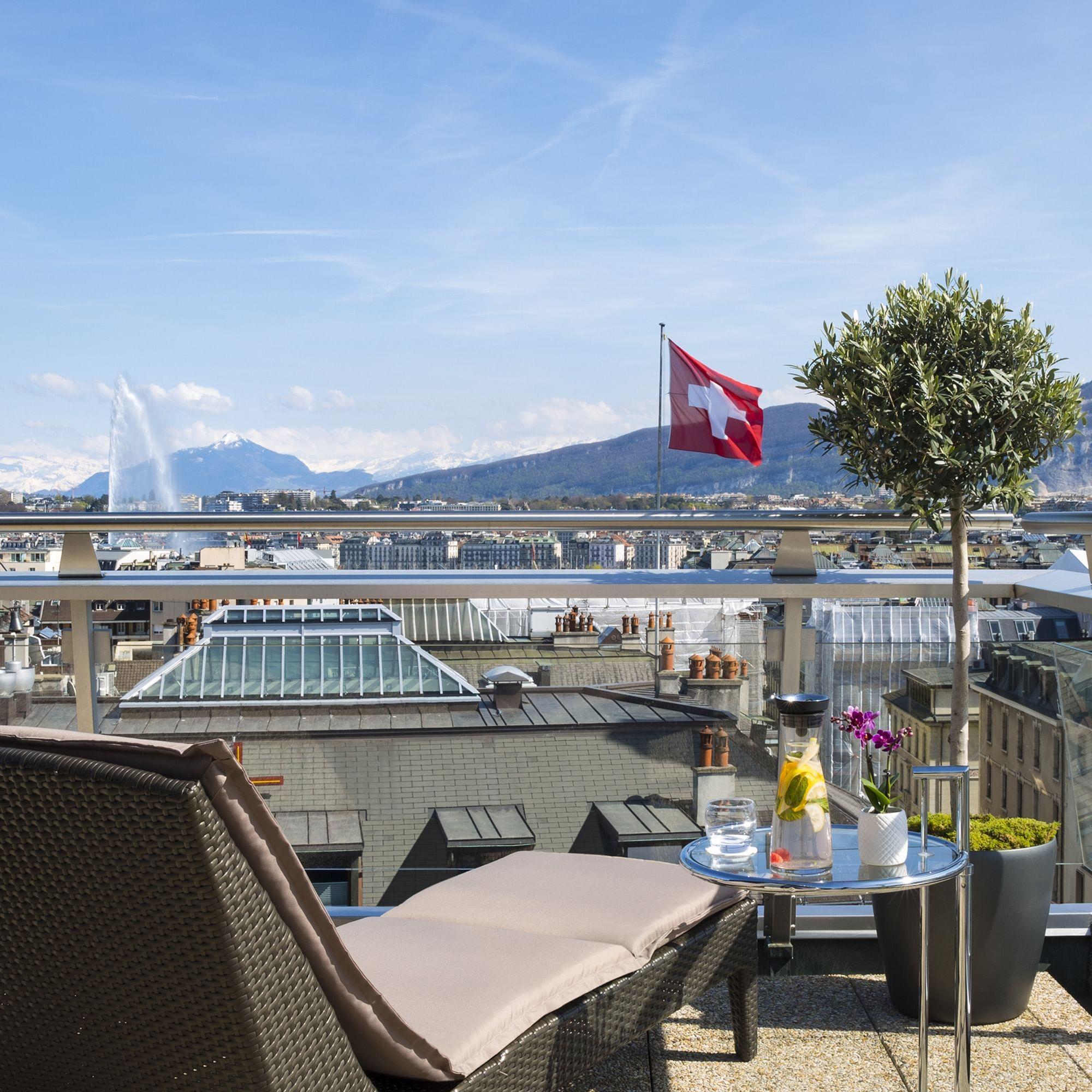 Vue du Lac de Genève depuis une Suite Penthouse