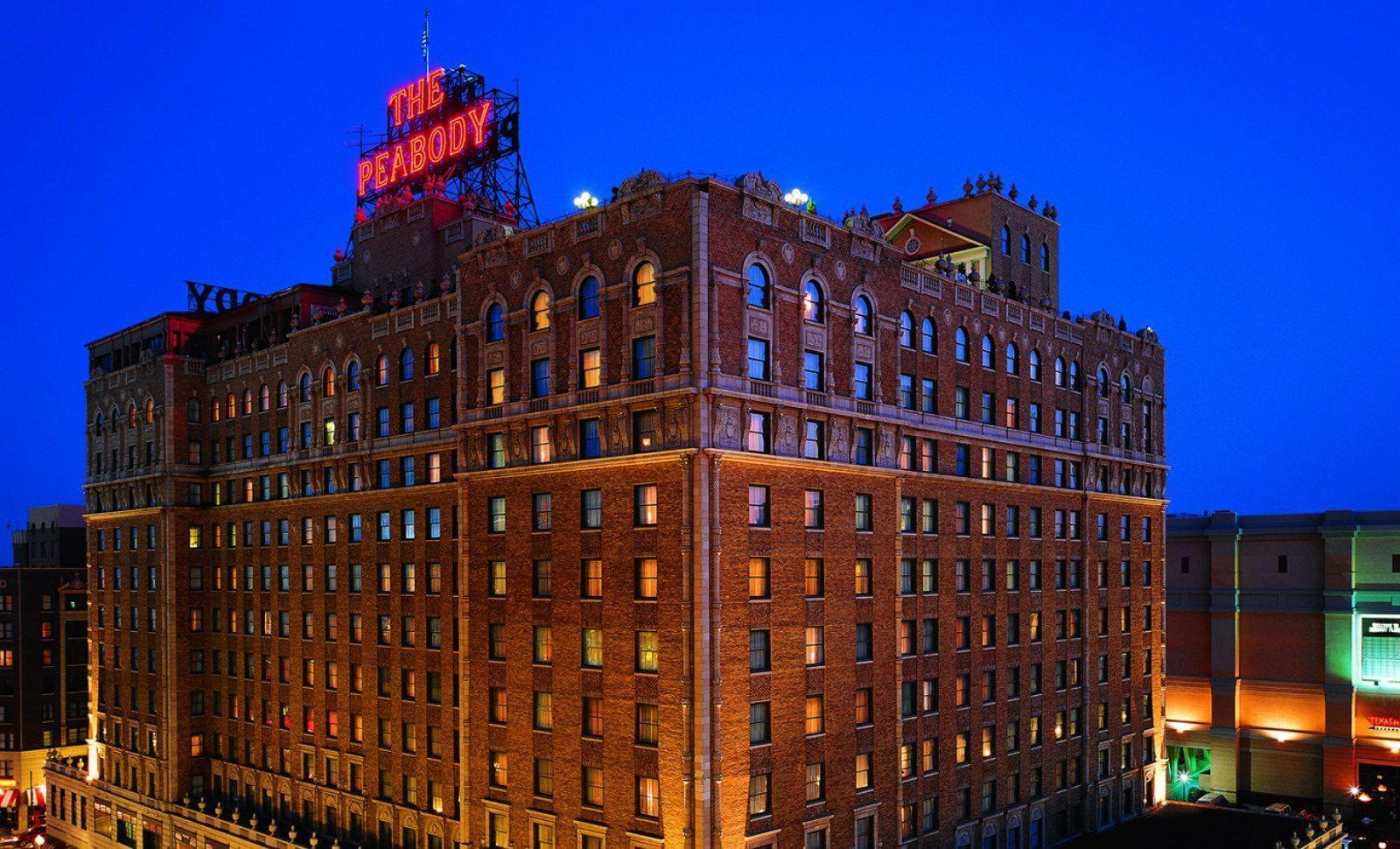 The Peabody Memphis Exterior