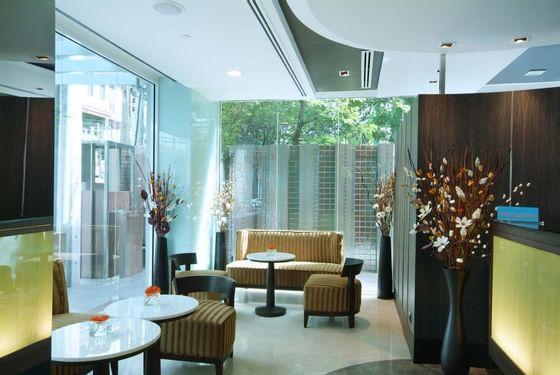 Amora Hotel Neoluxe Bangkok Lobby
