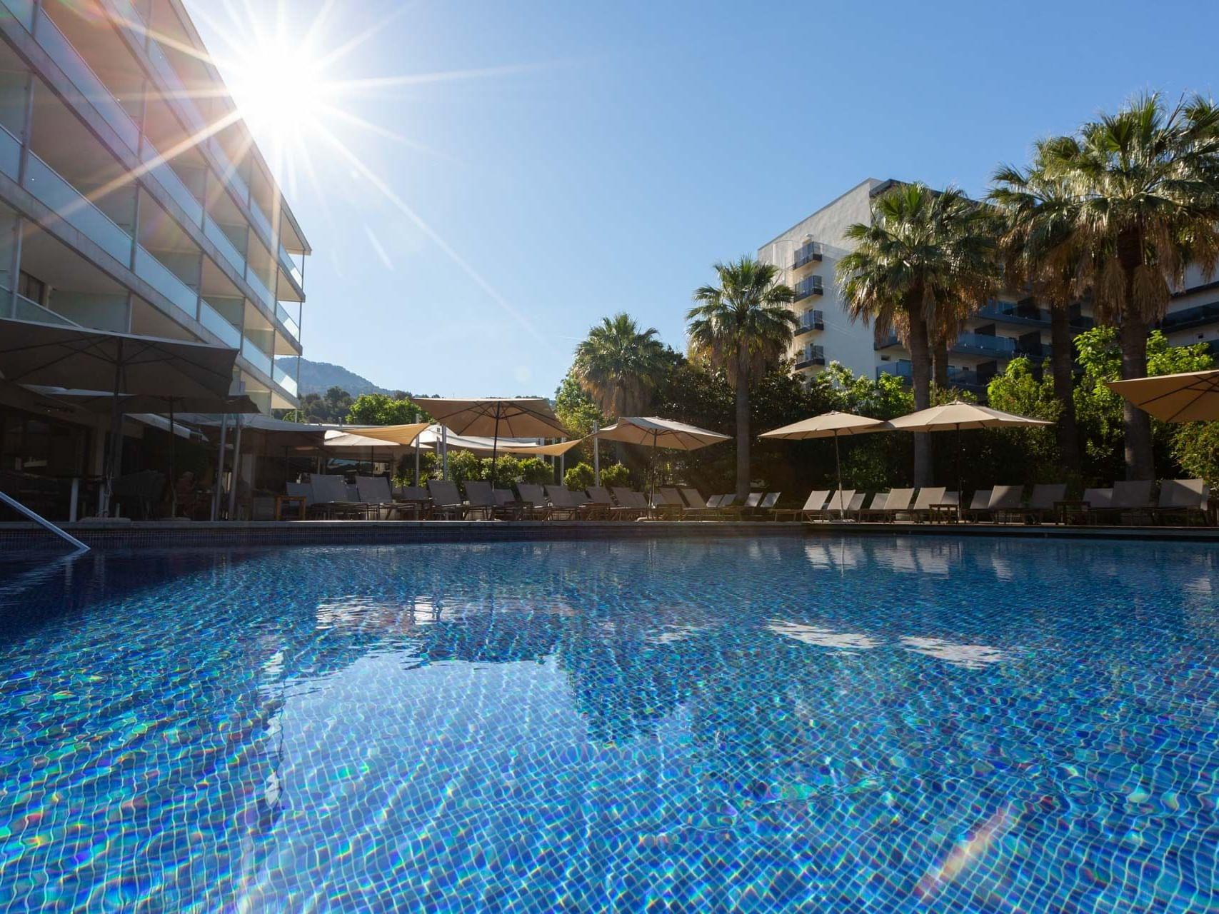 Terrasse de la piscine - Aimia Hotel Mallorca