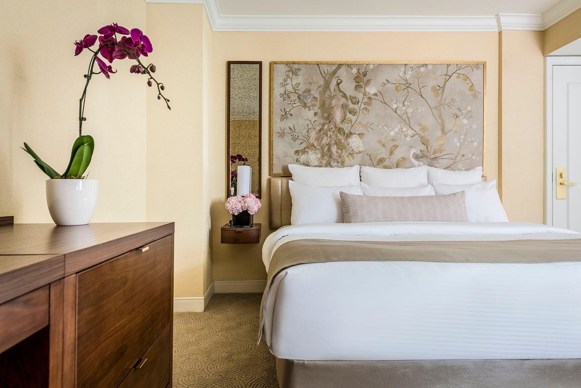 ADA Room Bed at Warwick Allerton