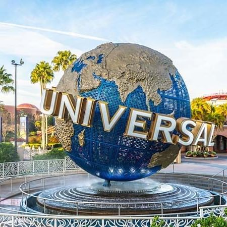 the globe at Universal Studios