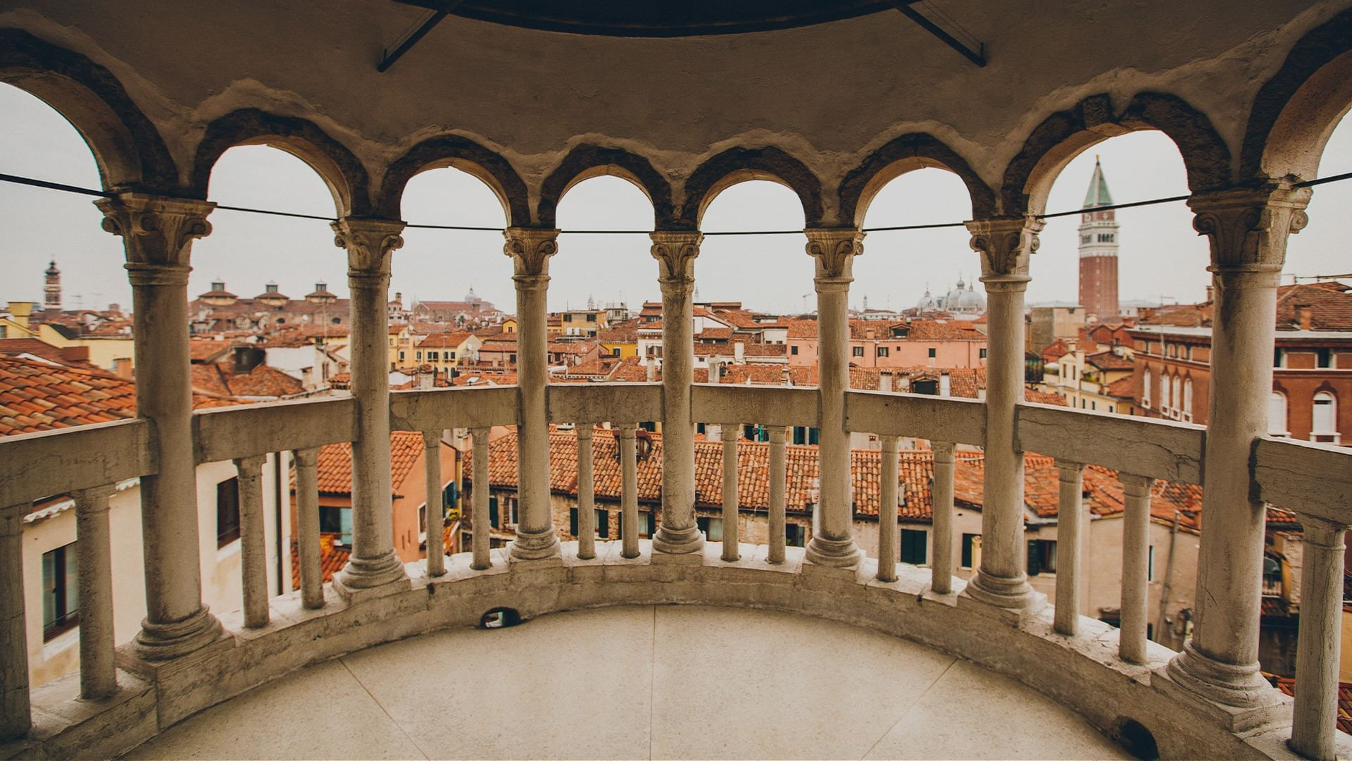 Venezia: itinerari in gondola per una romantica esperienza