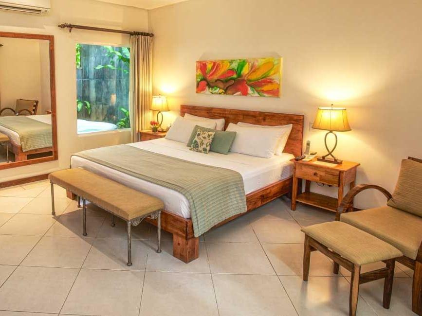 Romantic Garden Room at Jardín del Edén Boutique Hotel