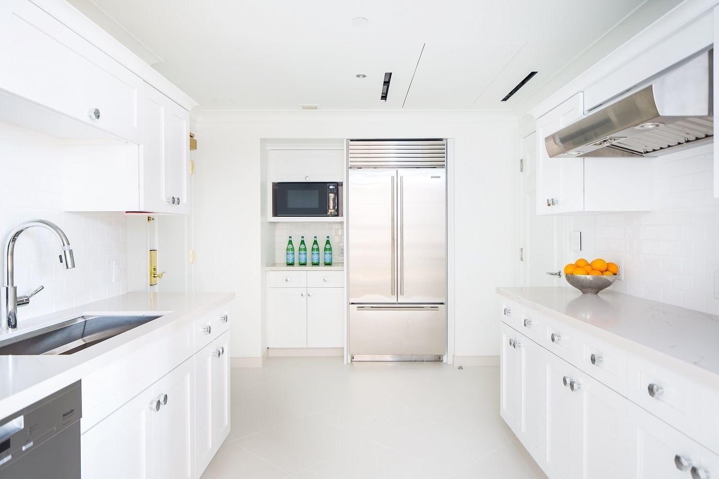 Expansive kitchen in Master bedroom in Boston Presidential Suite
